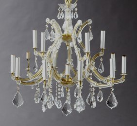 Maria Theresa Style Crystal And Gilt Metal Sixteen