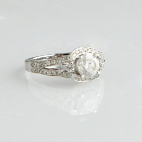 Lady's 14k White Gold Dinner Ring, With A Round 1.52