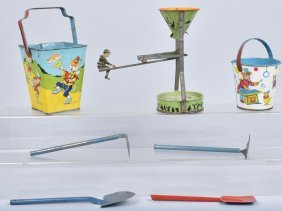 Lot Of Sand Pails & Sand Toy