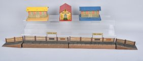 Lot Of Vintage Tin Train Stations, Lionel & More