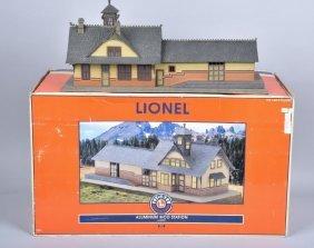 Lionel Rico Aluminum Station, Boxed