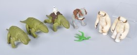 Lot Of 8 Star Wars Creatures