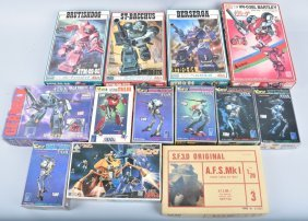Japanese Sci-fi Model Lot Of 13