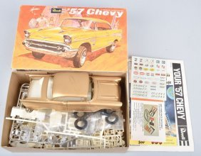 Revell 57 Chevy 1/25 Model Kit Complete Boxed