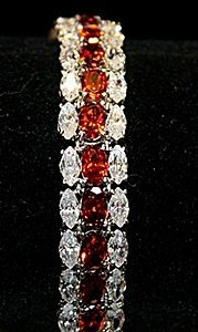 Beautiful Rose Mary Garnets & White Topaz Ss Bracelet.