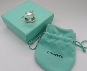 Tiffany & Co. Leaf Ring