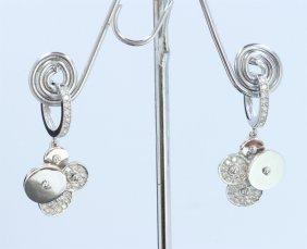 14k White Gold Earring: 7.7g / Diamond: 0.82ct