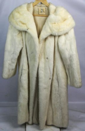 Macy's Little Shop Ladies White Mink Fur Full Coat