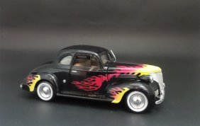 1939 Chevrolet Coupe Street Rod W/flames 1:24