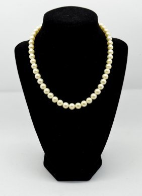 Pearl Strand Necklace With Clasp