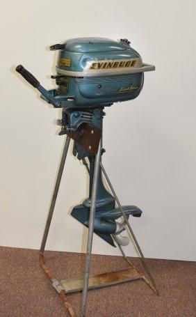 Vintage Evinrude Lightwin Outboard Motor