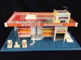 1950's/60's Litho Superior Service Station