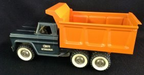 1960's Structo Hydraulic Dump Truck