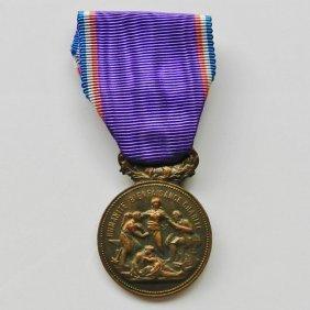 French Medal For Merit In War Humanite Bienfaisan