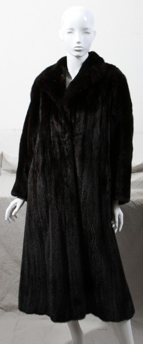 LOUIS F�RAUD LADY'S RANCH MINK COAT