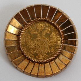 AUSTRIAN GOLD FRANC MOUNTED AS BROOCH, 1915