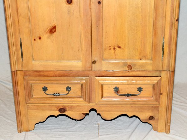 120203 milling road for baker knotty pine armoire lot 120203