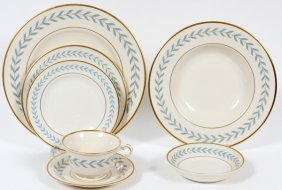 Onondaga Pottery Co. Syracuse China Dinner Service