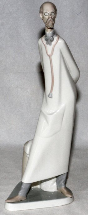 Lladro Porcelain Figure Of Doctor