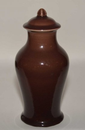 Rookwood Pottery Jar & Cover. Ht. 9 1/2""