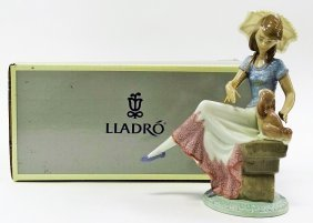 Lladro #7612 'picture Perfect' Retired
