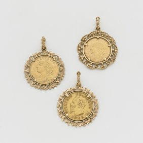 Tre Pendenti In Oro Giallo Con Tre Monete In Oro (10 E