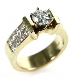 LADIES 18K GOLD DIAMOND ENGAGEMENT RING 2.63 CTW