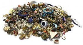 LARGE LOT OF COSTUME EARRINGS OVER 4 LBS
