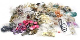 LARGE LOT OF COSTUME JEWELRY NINE POUNDS