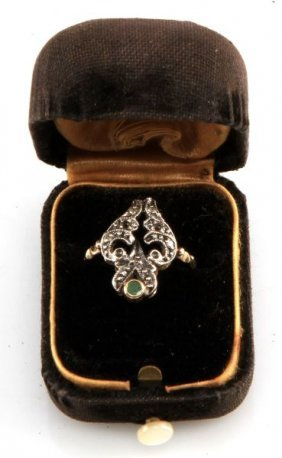 Ladies Vintage 18kt Fancy Diamond/emerald Ring