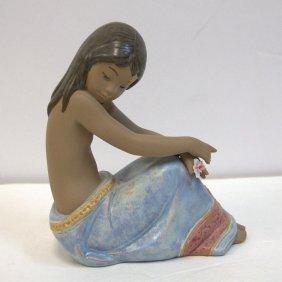 """Lladro Porcelain Figure """"island Beauty"""" No 2382"""