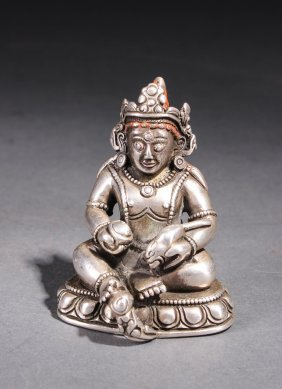 Chinese Qing Dynasty Silver Figure Of Buddha