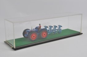 Finely Built 1/32 Model Of A County Fordson Super Major