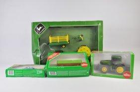 Siku 1/32 John Deere Tractor And Implement Set Plus