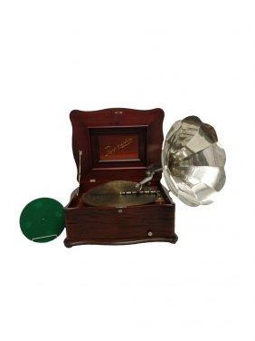 #197- Rare Mahogany Reginaphone – Plays Both Discs And