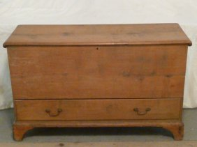 Chippendale Blanket Box W/drawer
