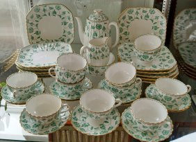 38 Pc. Spode Luncheon Set (colonel Pattern)