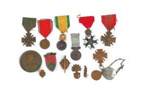 Group Of Fifteen French WWI And WWII Medals.