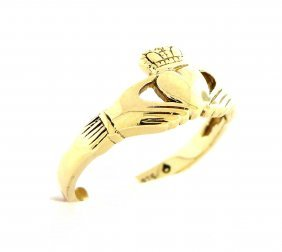 Vintage 9k Yellow Gold Claddagh Ring