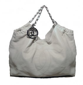 Chanel White Leather Quilted Shoulder Bag Cc Tote