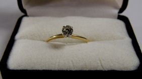 14 Karat Gold Ring Solitaire Diamond Good Condition