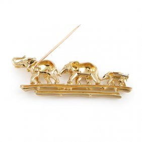 Cartier 18k Yellow Gold Emerald Elephant Family Brooch