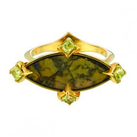 Lime Color Diamond Ring 18kt Gold