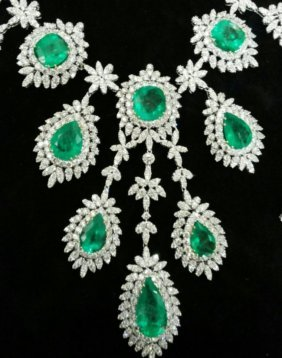 Diamond 32 Ct & Natural Emerald 70 Ct Gold Necklace Egl