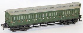 Vintage Ho Scale Liliput 3rd Class Passenger Car Coach