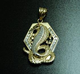 10 Karat Yellow Gold Gorgeous Snake Charm
