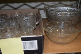 17 Pc Sandwich Glass Punch Bowl Set