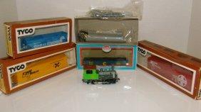 6 Various Ho Train Kits-tyco & More