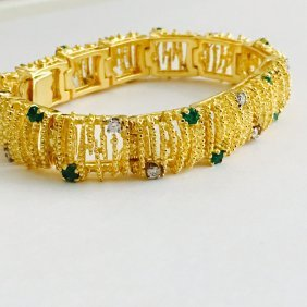 18k Gold Diamond And Emerald Bracelet