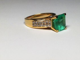 Colombian Emerald Diamond Ring Certified